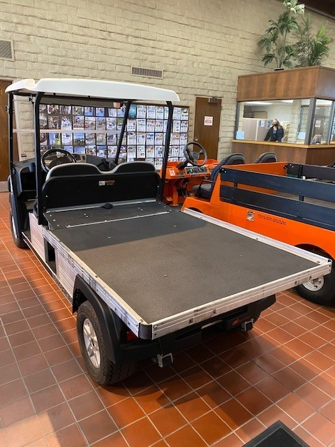 (OXN) Used 2016 Club Car Transporter